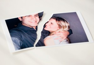 torn-photograph-relationship-break-up